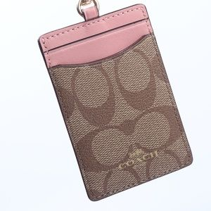 ID LANYARD IN SIGNATURE CANVAS (COACH F63274)